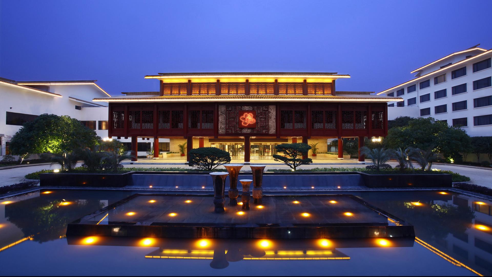 桂山华星酒店 外景.jpg