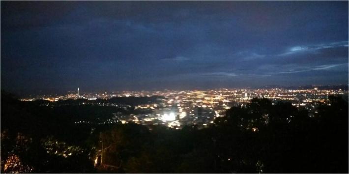 台北中国文化大学后山观景台