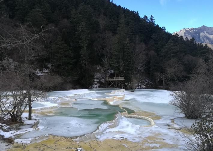 黄龙风景区五彩池