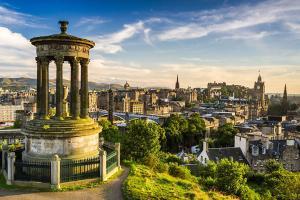 苏格兰-【典·深度】全景英伦三岛12天*BAM*庄园古堡三重奏*威尔士首府*苏格兰高地<哈利波特拍摄地,巨石阵,尼斯湖,世遗名城巴斯>