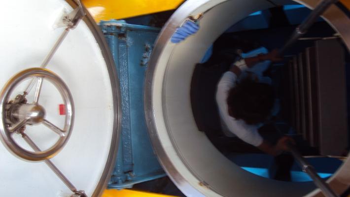 塞班潜水艇