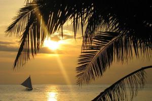 长滩岛-【自由行】菲律宾长滩岛6天*4晚豪华酒店+机场接送+风帆出海*广州直飞*佛山自组<等待确认>