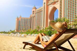 迪拜-【自由行】上海出发。塞舌尔(悦榕庄)+迪拜(亚特兰蒂斯酒店)双国9天6晚<阿联酋航空>。等待确认