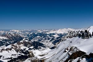 欧洲-【尚·深度】法瑞意11天*AFM*冰川3000雪山*黄金快线*TGV高铁<全程豪华酒店,瑞士三晚>