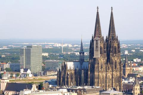 布鲁塞尔 阿姆斯特丹 特里尔 巴黎-【当地玩乐】欧洲德国 法国 荷兰 比利时 卢森堡西欧四日自由行 风车村(巴黎进出).等待确认