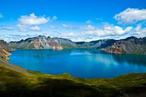 吉林-【誉·休闲】东北、长白山、万达度假区、双飞4天*温泉*魔界雾凇*连住2晚万达度假区<直航长白山>