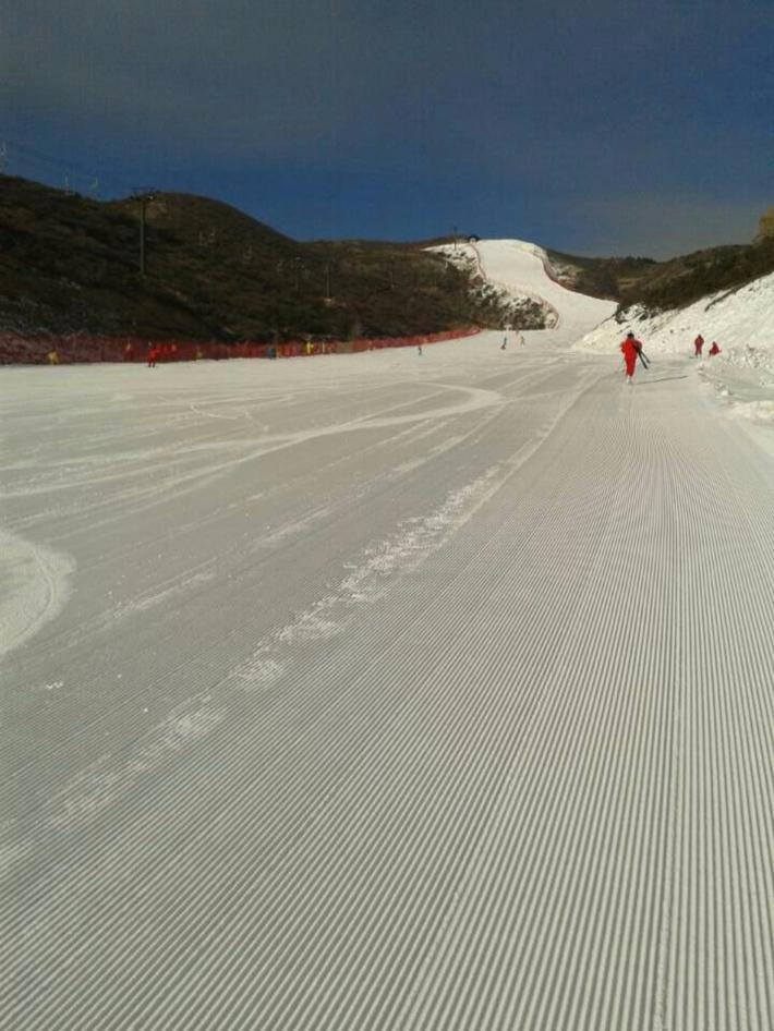 太伟滑雪场