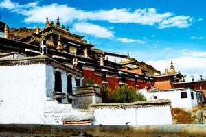 西藏-【典·全景】西藏、拉萨、林芝、日喀则、单卧单飞10天*穗青日*林芝返<雅鲁藏布大峡谷,全程豪华酒店,1晚喜马拉雅巴松措景区酒店>