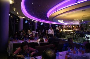 马来西亚-【当地玩乐】马来西亚吉隆坡 吉隆坡塔360°旋转餐厅餐位.等待确认