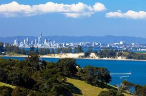 新西兰-【当地玩乐】新西兰 奥克兰至激流岛(顾城岛)往返渡轮票.等待确认