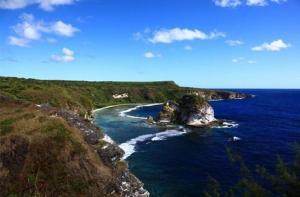 塞班岛-【当地玩乐】塞班岛北部环岛半日游 2小时 万岁崖 日军最后司令部 鸟岛 蓝洞.等待确认