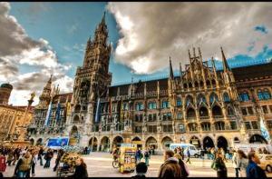 wifi-【当地玩乐】慕尼黑 随上随下大环线巴士通票(24小时/48小时 免费WIFI).等待确认