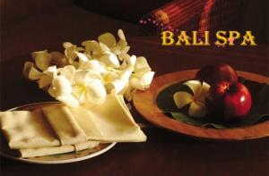 巴厘岛-【当地玩乐】巴厘岛TAMAN AIR 推拿(传统按摩/热石暗涌/瑜伽按摩/热竹按摩).等待确认