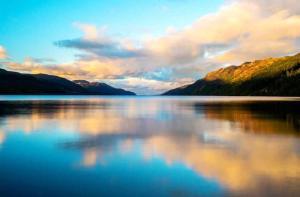 苏格兰-【当地玩乐】苏格兰 尼斯湖水怪之旅一日游 (尼斯湖+格伦科+高地 英文导游 爱丁堡出发).等待确认