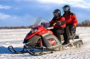 芬兰-【当地玩乐】芬兰 禹拉斯 雪地摩托车2小时初体验.等待确认
