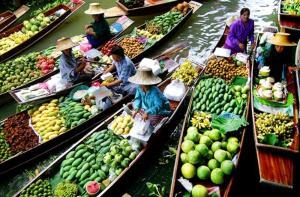 曼谷-【当地玩乐】曼谷丹嫩沙多水上市场+长尾船半日游(英文导游).等待确认