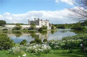 欧洲-【当地玩乐】欧洲英国 利兹城堡+坎特伯雷大教堂+多佛尔悬崖一日游(伦敦往返).等待确认