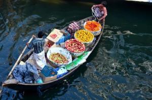 曼谷-【当地玩乐】曼谷下午半日游(安帕瓦水上市场+萤火虫+美攻市场)中文导游.等待确认