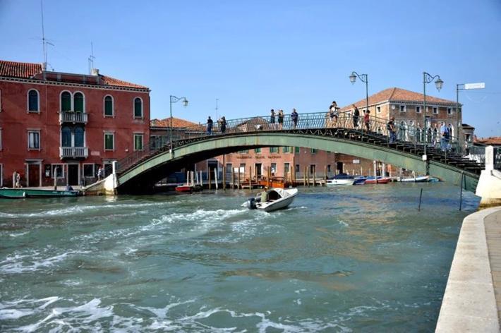 Ponte Longo 铁桥