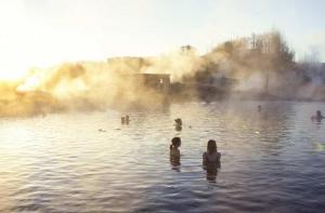 冰岛-【当地玩乐】冰岛 秘密温泉+北极光秘密探索之旅(雷克雅未克往返接送)(不含温泉票).等待确认