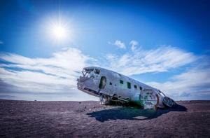 冰岛-【当地玩乐】冰岛  著名电影和音乐取景地追寻之旅(雷克雅未克往返接送).等待确认