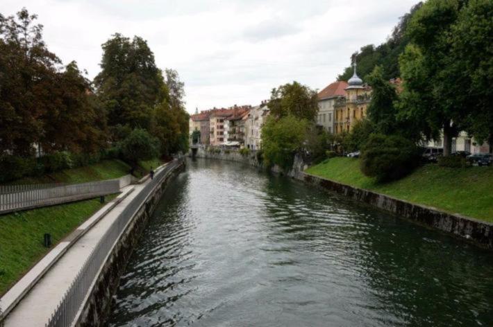 卢布尔雅尼察河(Ljubljanica River)