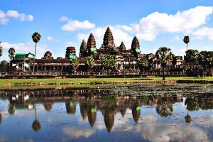 【尚·深度】柬埔寨吴哥5天*深度之旅<吴哥窟3天门票,崩密列,女皇宫,罗洛士遗迹群>