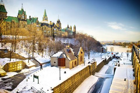 加拿大-【典·博览】加拿大东西岸14天*落基山三大国家公园<露易丝湖,布查特花园,尼亚加拉大瀑布>