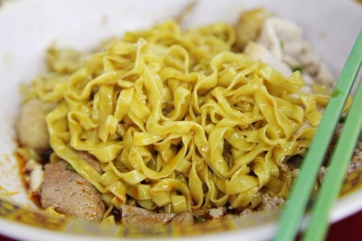大华猪肉粿条汤