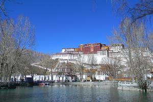 西藏-【典·全景】西藏、西宁、拉萨、林芝、日喀则、三飞一卧9天*青林日*乐游<青海湖,西藏全景,豪华藏式酒店>