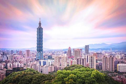 台北、淡水、九份、南投5天*枫桦台一度假村*泡美肌温泉