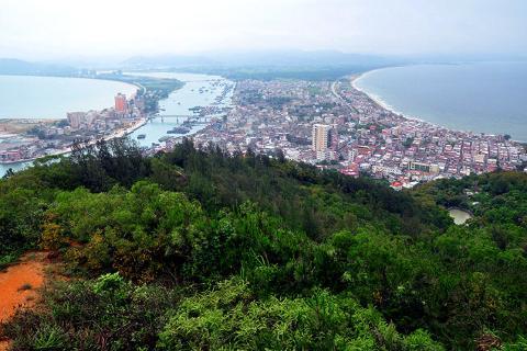 【海滩】惠州双月湾2天*享海温泉度假酒店*超豪华酒店*海景房<含自助早餐,私家沙滩>