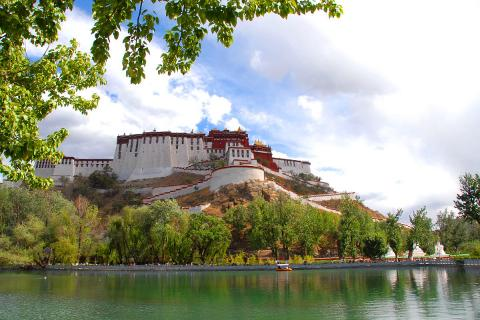 西藏拉萨日喀则三飞7天*探秘珠峰*全程超野车