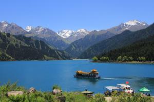 【新疆自由行】新疆乌鲁木齐双飞8天*往返机票*乌市往返<即时确认>