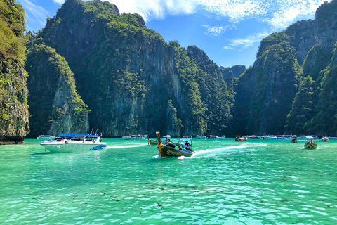 【尚·深度】泰国普吉5天*乐享奇趣<指定入住2晚都喜天丽海边超豪华酒店,幻多奇乐园,小PP环岛+浮潜,热带水果园>