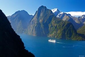 新西兰-【私享小团】新西兰南北岛、大溪地16天*峡湾专机往返*波拉波拉瑞吉水上屋*等待确认<广州直航,4人起行,全程中文导游>