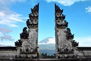 巴厘岛-【当地玩乐】巴厘岛网红水宫天空之门一日游*等待确认