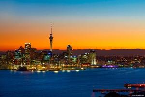 奥克兰-【尚·智趣营】新西兰南北岛9天*濒危蓝鸭*欢乐玩雪<无人岛公益环保植树,探访史前动物WEKA>