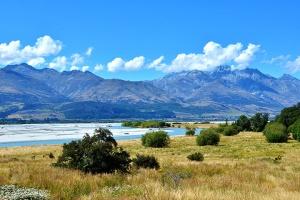 新西兰-【誉·深度】新西兰南北岛10天*超豪华酒店*尊享体验*纯玩<游船垂钓彩虹鳟鱼,入住当地人家庭,海景酒庄品美食>