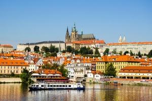 奧地利-【典·慢享】捷克8天*半自助跟團游*全程豪華酒店*布拉格連住兩晚*官導講解布拉格城堡、美泉宮<走進波西米亞,自由活動時間充足,行程附推薦玩法,MNK>