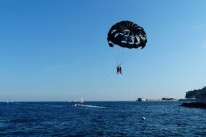 迪拜水上滑翔伞
