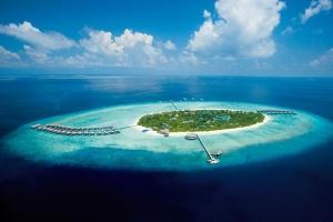 【自由行】马尔代夫(JA玛娜法鲁岛)6天*机+酒*广州往返*等待确认<私人泳池、中文服务,亲子、蜜月、内陆飞机+快艇或水上飞机上岛>