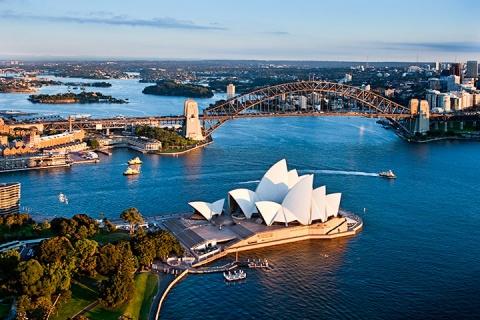 慢游澳洲悉尼8天.追逐海豚踪迹.农庄体验.纯玩.悉尼塔享自助餐