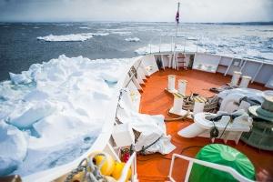 北海道-日本【當地游】北海道AURORA號破冰船一日游【海之幸~長腳蟹腿4根+迷你海鮮蓋飯】