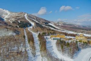 【單訂房】日本5天*佐幌ClubMed度假村*等待確認<北海道優質的雪道,免費滑雪通行證和滑雪課程>