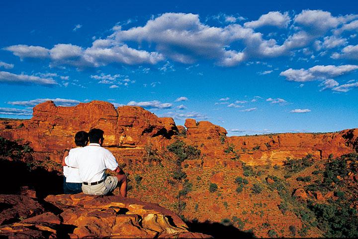 【慢享·自由行】澳洲(阿德莱德、乌鲁鲁、悉尼)11天*大陆纵贯线甘号列车2天1晚*等待确认<袋鼠岛一日游,乌鲁鲁日出与日落,帝王谷徒步>