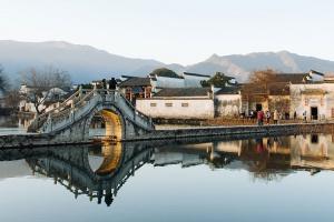 【黄山当地玩乐】水墨宏村、世外桃源西递1日游*感受古村落里深厚的文化底蕴和秀美的风景