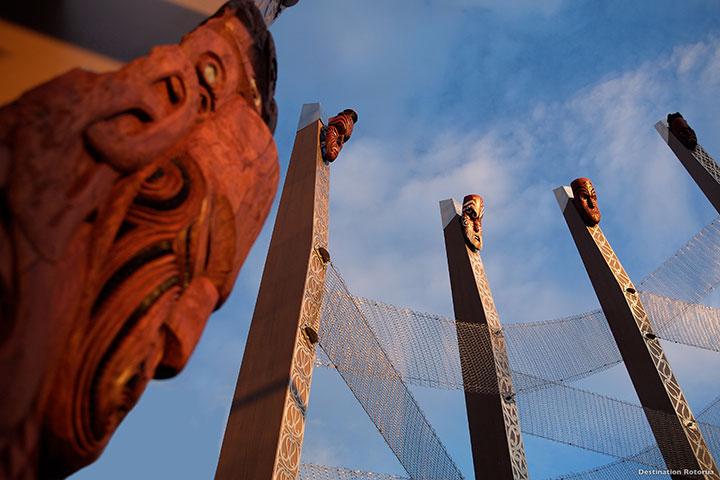 【尚·博览】新西兰南北岛8天*库克山国家公园*湖泊森林*地热奇景<皇后镇缆车,毛利文化村,纽式牧场>