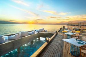 【自由行】馬爾代夫(W寧靜島)7天*機+酒*廣州往返*等待確認<奢華現代,免費wifi+中文服務,水上飛機>