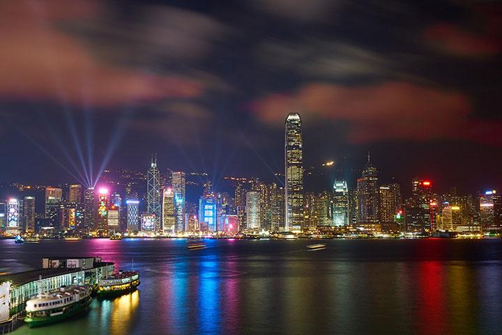 【跟团游】香港3天*港珠澳大桥     香港迪士尼乐园*香港自由行*品质纯玩之旅*天星小轮  体验地道茶餐厅*全新星光大道    幻彩咏香江<SW拼团HG05>